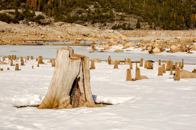 Pinecrest Lake in the snow (California, near Yosemite)