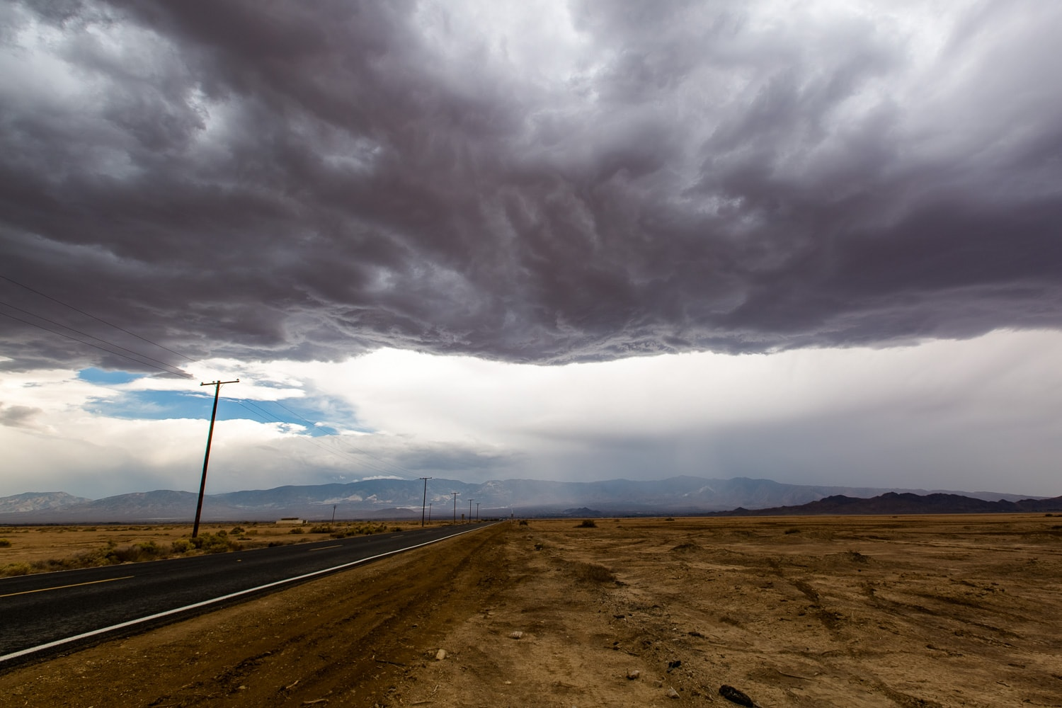 Intense storm clouds seen on the drive back to the San Bernardino mountains